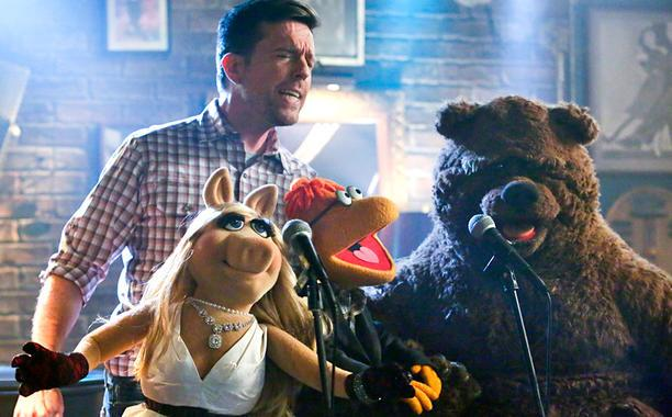 The Muppets: The Sitcom: The Podcast #4: Pig Out