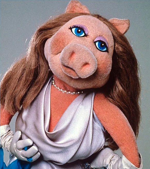 """Miss Piggy vs. """"Cancel Culture"""""""